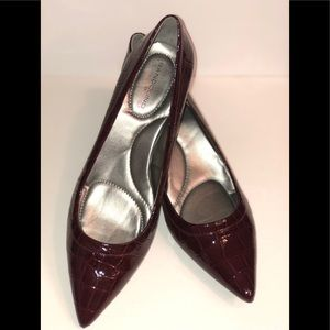 • NEW • Bandolino Heels